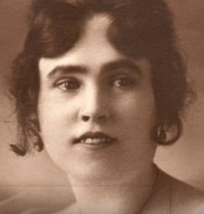 Lorraine Collett, original sun-maid girl, at age 22