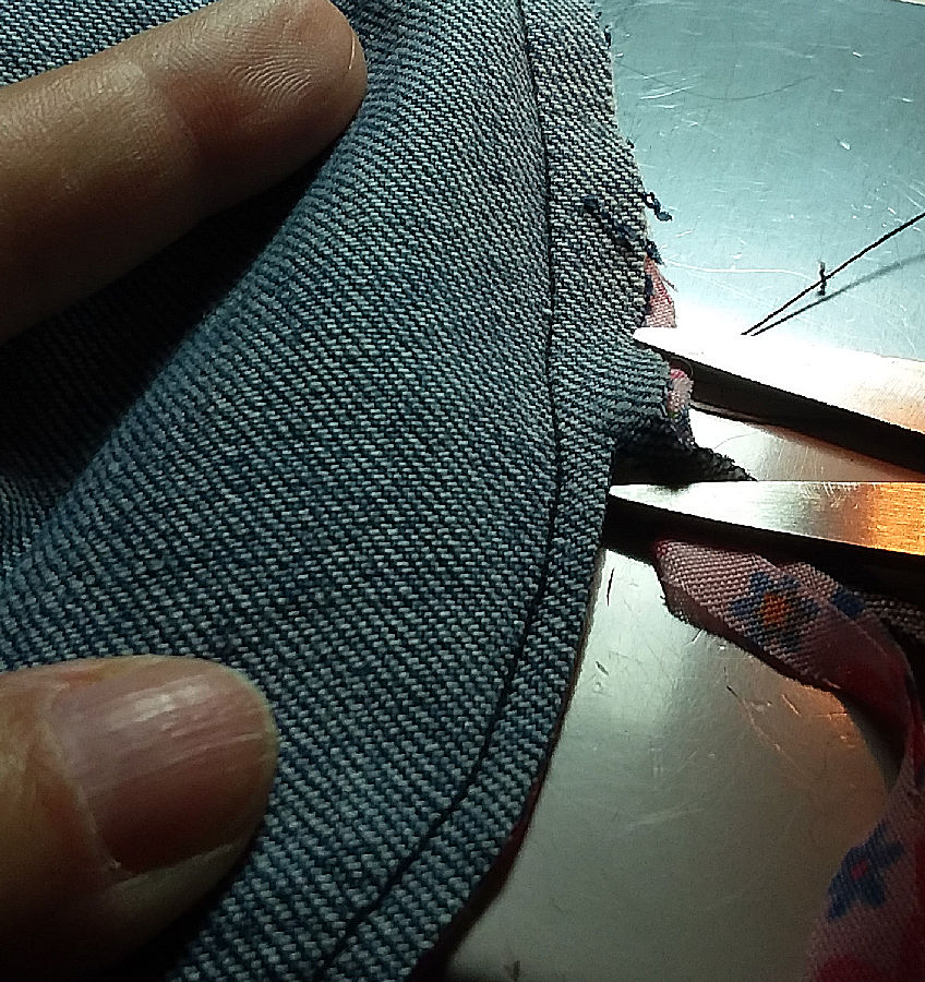 Sewing snap bonnet brim together